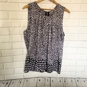 LIZ CLAIBORNE. Black and white tank. Size XL